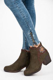 Parádní khaki kotníkové boty s etno vzorem