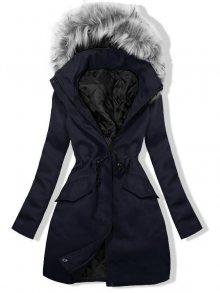 Tmavě modrý kabát se stahováním v pase