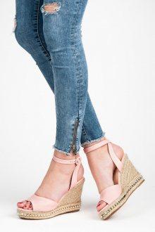Luxusní růžové sandály na klínu se cvoky