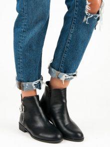 Černé kotníkové boty na plochém podpatku