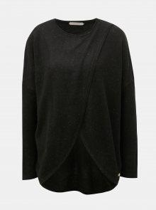 Černý překládaný svetr s příměsí vlny SKFK Gazeta