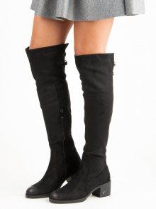 Luxusní černé kozačky na podpatku