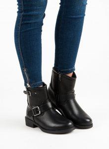 Černé kotníkové boty s přezkami