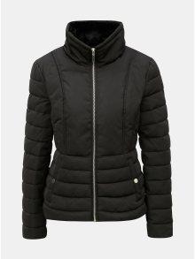 Černá prošívaná zimní bunda s vysokým límcem Miss Selfridge