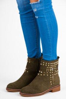 Semišové olivové kotníkové boty zdobené zlatými cvočkami