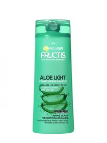 Garnier Posilující šampon s aloe vera na jemné vlasy Fructis (Aloe Light Strengthening Shampoo) 250 ml