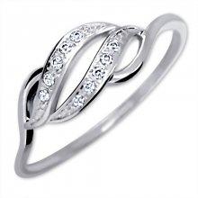 Brilio Prsten z bílého zlata s krystaly 229 001 00648 07 58 mm