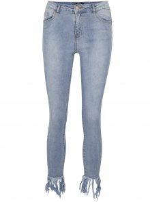 Světle modré zkrácené skinny džíny MISSGUIDED