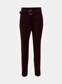 Vínové zkrácené kalhoty s vysokým pasem VERO MODA Delfina