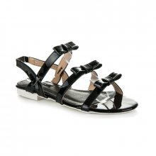 Lakované černé sandály s mašličkami