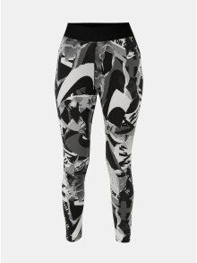 Bílo-černé dámské vzorované zkrácené legíny s vysokým pasem Nike Newsprint