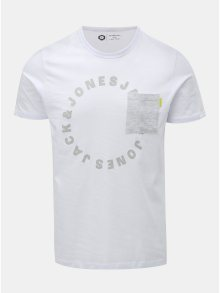 Bílé tričko s náprsní kapsou a potiskem Jack & Jones Moral