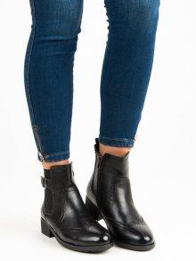 Černé kotníkové boty se vzorem
