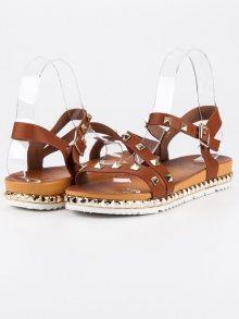 Hnědé sandály se cvoky