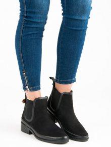 Krásné černé kotníkové boty