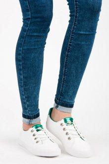 Zajímavé bílé tenisky s zeleným lemem