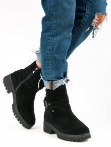 Zateplené černé kožené botky