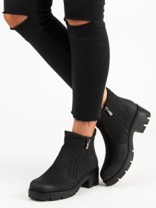 Černé kotníčkové boty na podpatku