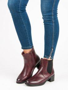 Originální vínové kotníkové boty na podpatku