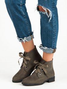 Skvělé hnědé kotníkové boty vázané stužkou