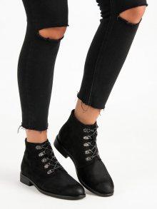 Stylové černé kotníkové boty s vázáním