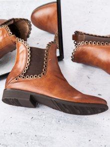 Hnědé kotníkové boty na zip