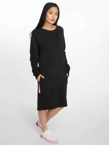 Šaty černá L