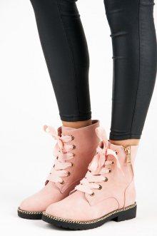 Semišové růžové kotníkové boty se stužkou