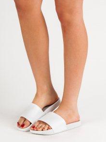 Zajímavé  nazouváky dámské bílé bez podpatku