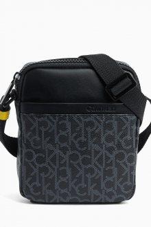 Calvin Klein černá pánská taška CK Mono Mini Reporter