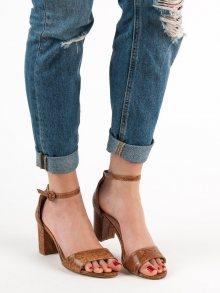 Komfortní dámské hnědé  sandály na širokém podpatku