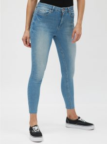 Světle modré super skinny džíny s vyšisovaným efektem Miss Selfridge lizzie