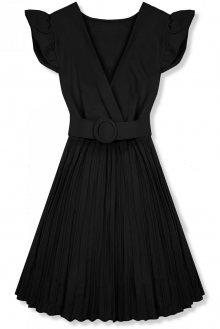 Černé šaty se skládanou sukní