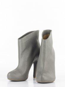 L37 Kotníkové boty na podpatku\n\n