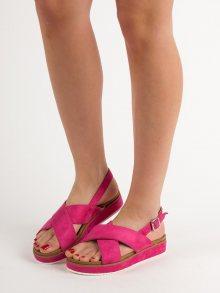 Zajímavé dámské  sandály růžové bez podpatku