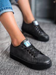Zajímavé dámské černé  tenisky bez podpatku