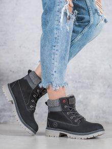 Luxusní dámské černé  kotníčkové boty na plochém podpatku