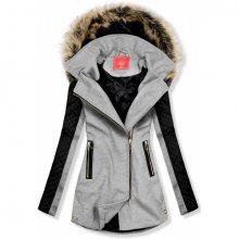 Šedý kabát s prošívanými rukávy