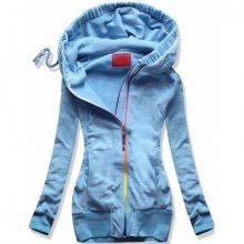 Světle modrá fleecová mikina s barevným zipem