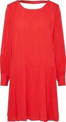 SELECTED FEMME Koktejlové šaty červená