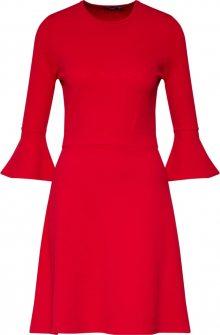 Boohoo Šaty červená