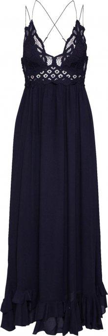Free People Letní šaty \'ADELLA MAXI SLIP\' černá