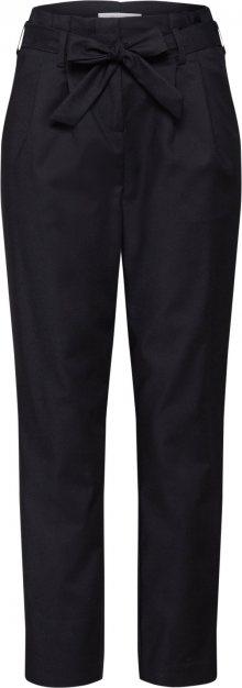 VILA Kalhoty se sklady v pase \'VISOFINA\' černá