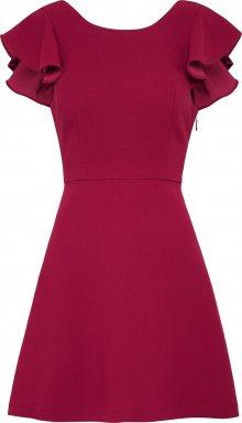 BCBGeneration Koktejlové šaty \'Ruffle\' tmavě červená