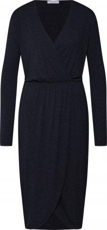 MOSS COPENHAGEN Šaty \'allu\' černá