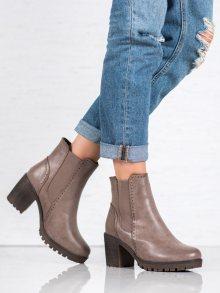 Designové hnědé  kotníčkové boty dámské na širokém podpatku 37
