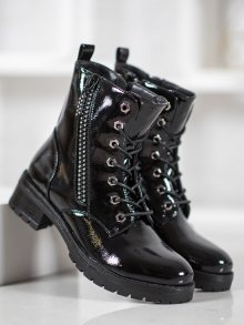 Pohodlné  kotníčkové boty dámské černé na plochém podpatku 36