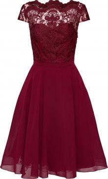 Chi Chi London Koktejlové šaty \'CHI CHI SANI DRESS\' burgundská červeň