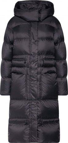 Peuterey Zimní kabát \'Cobb\' černá