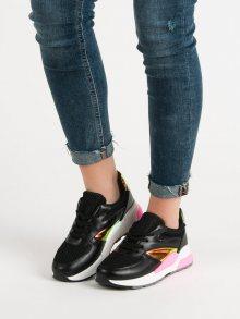 Komfortní dámské  tenisky černé bez podpatku 38